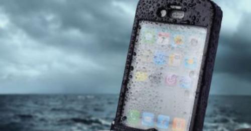 reparatie iphone cazut in apa sau in diverse lichide